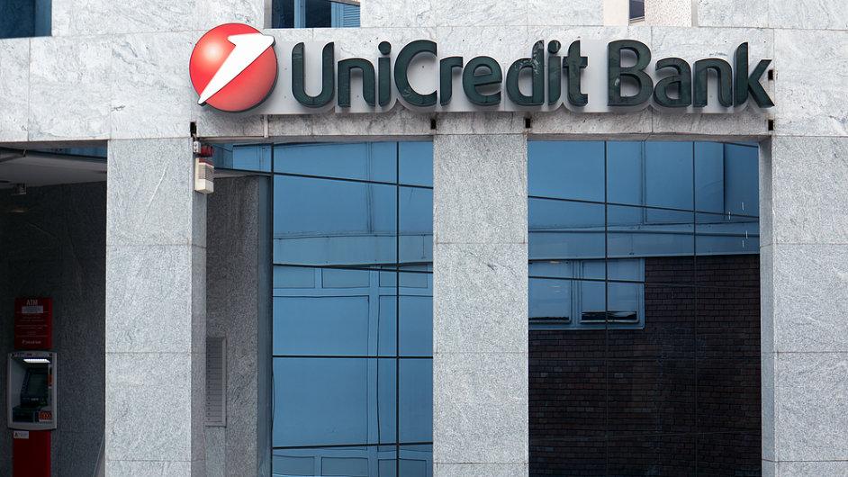 UniCredit Bank v Česku a na Slovensku vydělala v prvním pololetí 3,1 miliardy korun.