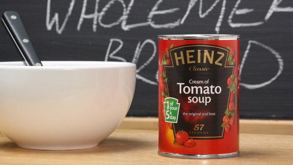 Potravinářská firma Kraft Heinz je ve ztrátě a vyšetřuje ji burzovní komise. Akcie společnosti klesly o dvacet procent