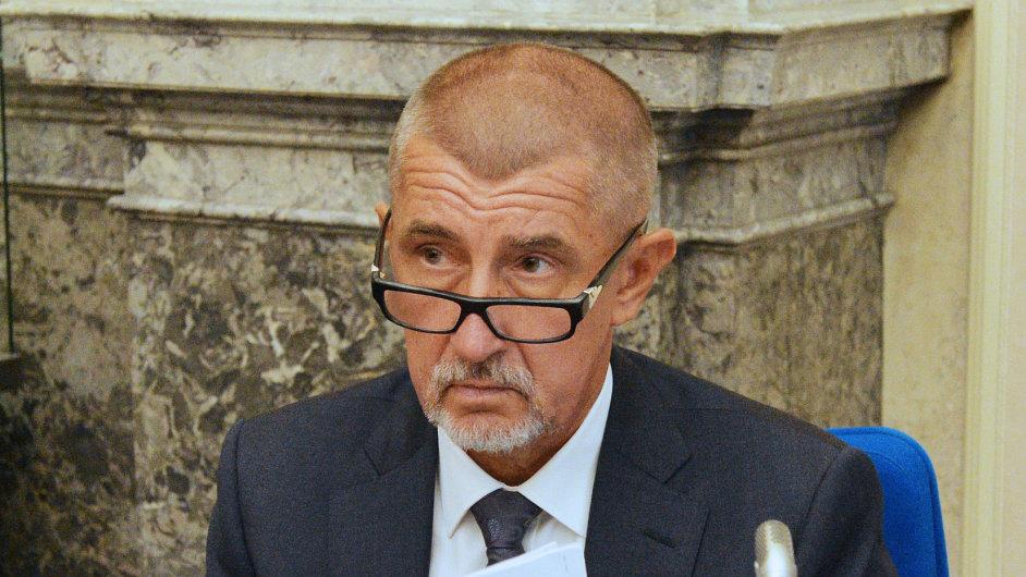 Ministr financí Andrej Babiš je podle Sobotky stále ve střetu zájmů.