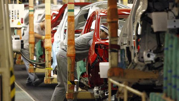 Podle pětibodové škály TÜV Auto Report 2018 je většina aut vyráběná v Česku pouze podprůměrně spolehlivá - Ilustrační foto.