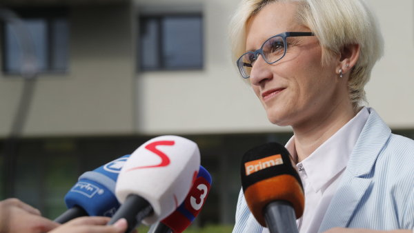 Ministryně Karla Šlechtová by měla usednout i v nové vládě.