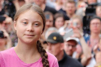 Do Ameriky se Thunbergová vypraví vsrpnu, na zářijový klimatický summit, popluje z Velké Británie sportovní jachtou.