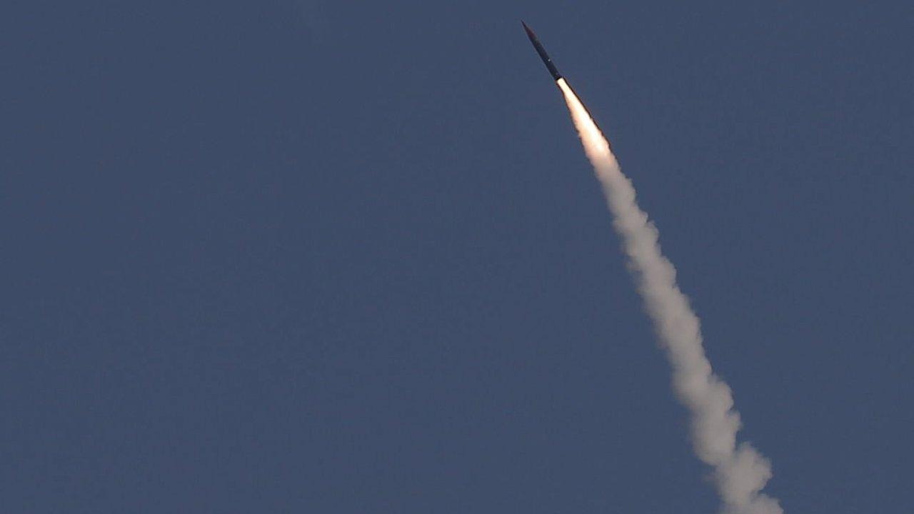 Izrael vyzkoušel protiraketu Arrow 3, zasáhla cíl nad atmosférou.