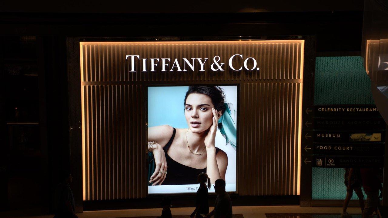 Čísla ohospodaření zapředchozí čtvrtletí ve středu zveřejní například známý prodejce šperků Tiffany & Co.