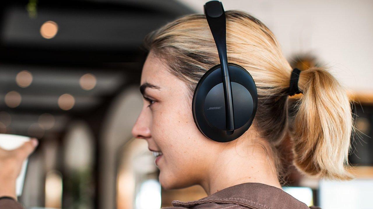 Bose se vzdal tradičního designu i názvu a přinesl novou generaci rušení hluku.