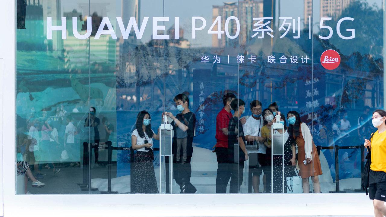 Vzhledem kplánovanému rozjezdu mobilních sítí páté generace (5G) hlavně Spojené státy čím dál více tlačí nato, aby se rizikový Huawei nastavbě tuzemských 5G sítí nepodílel.