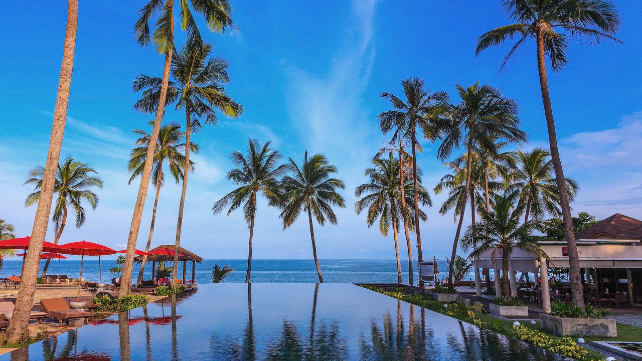 Nejvíce movitějších turistů by mělo mířit doluxusních thajských resortů naostrovech Koh Phi Phi, Koh Samui (na snímku), Phuket či Koh Phangan.