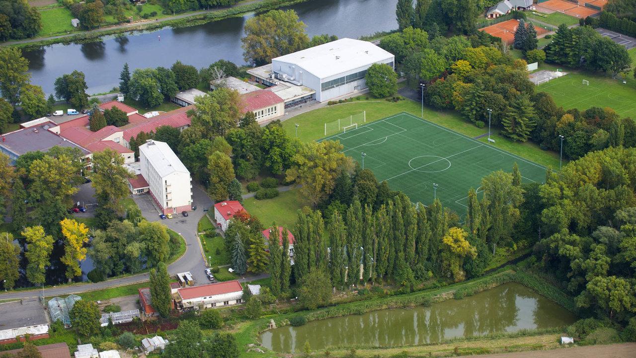 Národní olympijské centrum vNymburce slouží k přípravě vrcholových sportovců už od 70. let. trénují tu olympionci, reprezentanti nebo třeba fotbalové kluby.