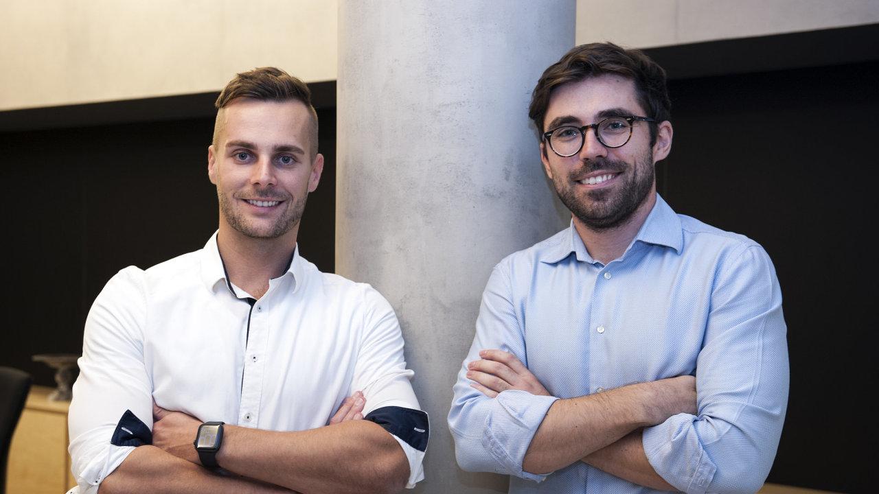 Spoluzakladatelé start-upu Investown Alan Vyšín a Filip Suk