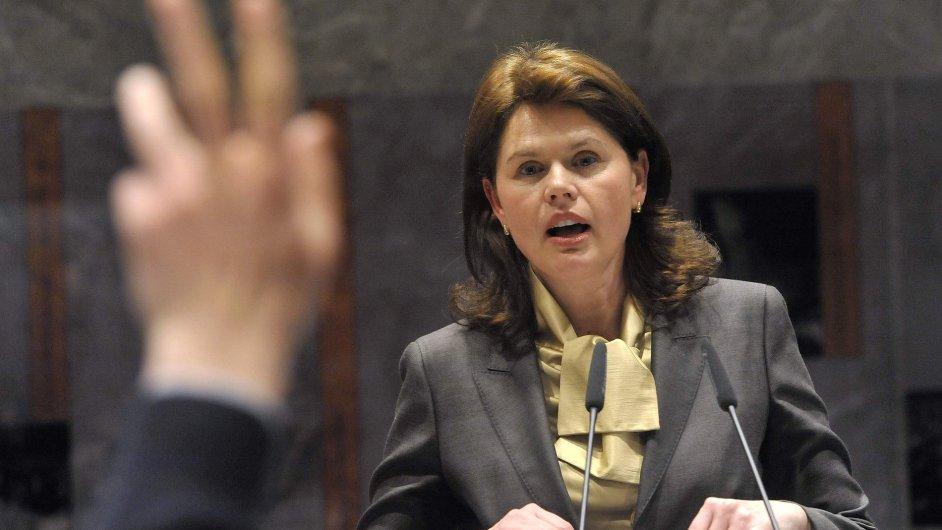 Podle MMF je před slovinskou premiérkou Alenkou Bratušekovou hodně práce.