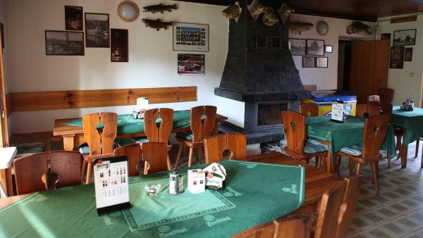Restaurace Rybářská bašta se nachází v bývalém mlýně.