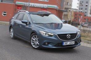 Registrace nových aut v listopadu na českém trhu rostly. Slaví Mazda, dařilo se i Škodě