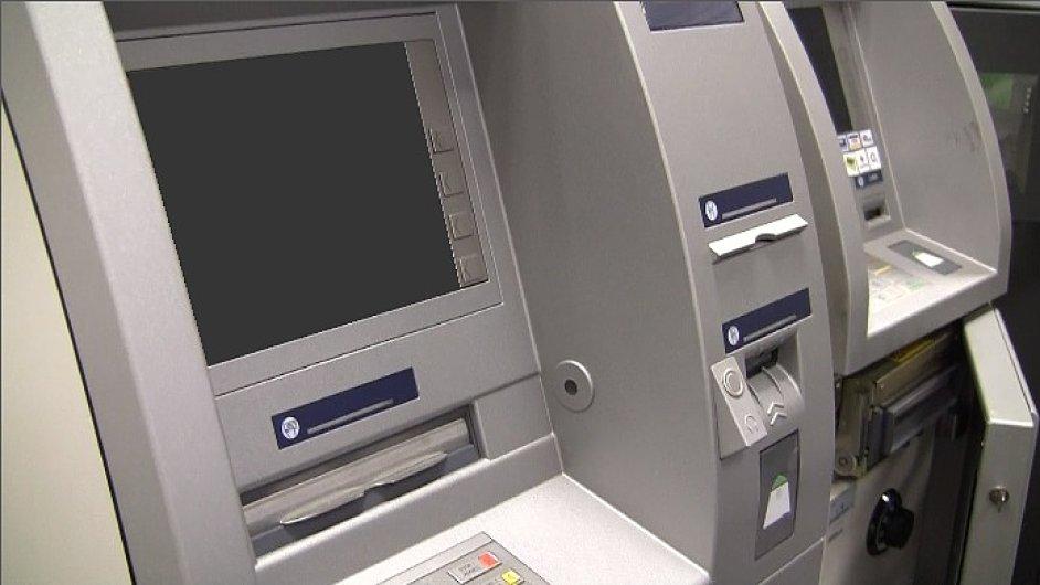 Americký Diebold koupil německého výrobce bankomatů Wincor Nixdorf