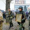 Proru�t� povstalci ve v�chodoukrajinsk�m Luhansku