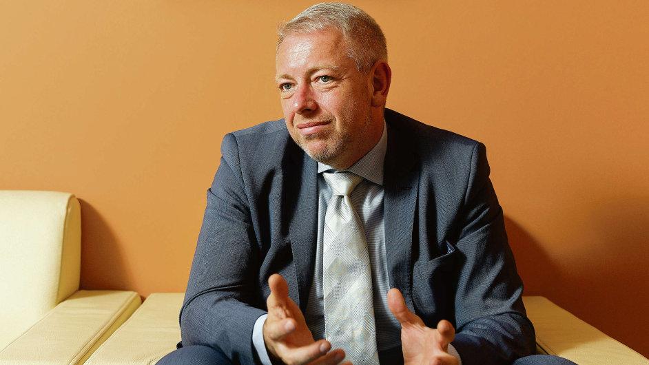 Ministr Chovanec chce omezit počet stížností proti policistům.