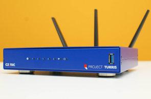 Yahoo doplácí na hamižnost, domácí internet čeká na příchod Turrisu Omnia, ideálně za pětistovku