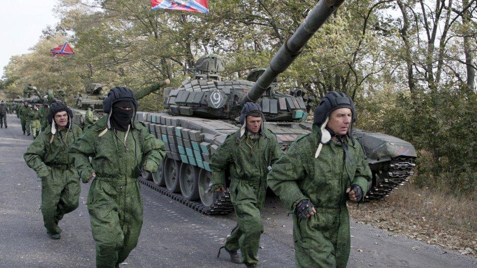 1021MOS17 UKRAINE CRISIS 1021 11