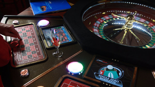 Spor o rakousk� kasina by mohl b�t vy�e�en - Ilustra�n� foto.