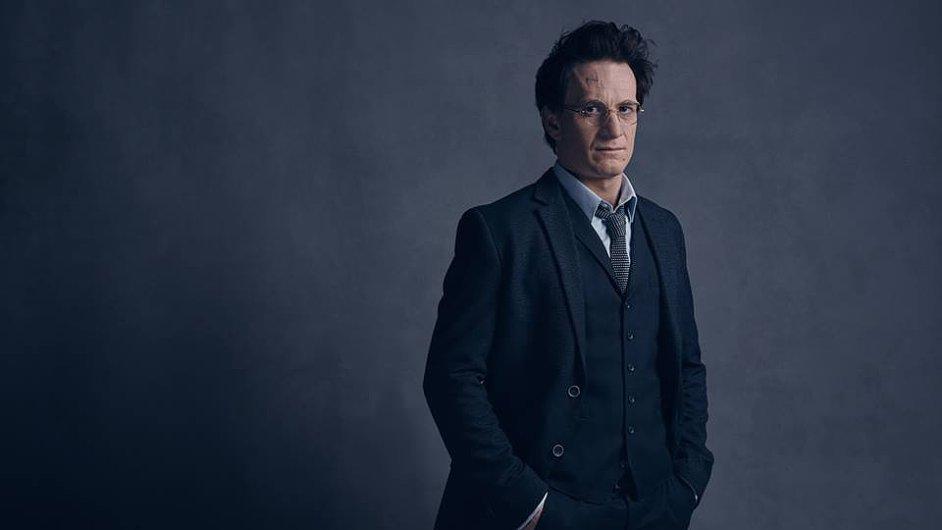 Inscenace hry Harry Potter And The Cursed Child bude mít v Londýně premiéru 30. července. Na snímku je herec Jamie Parker v roli dospělého Pottera.