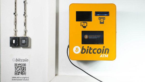 Automat k nákupu bitcoinů - Ilustrační foto.