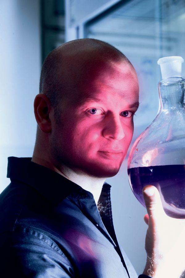 Britský chemik žijící v Česku Michael Londesborough. Foto: Tomáš Nosil