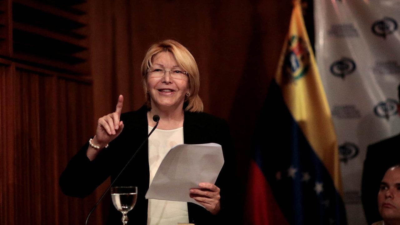 Generální prokurátorka Luisa Ortegová je zastánkyní zesnulého prezidenta Huga Cháveze. Tvrdí, že se svým nástupcem Nicolásem Madurem by Chávez nesouhlasil.