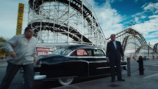 Novinku Woodyho Allena začnou české biografy promítat v prosinci.