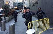 Autobusovým nádražím v centru New Yorku otřásla exploze. Podle starosty města šlo o pokus o teroristický čin