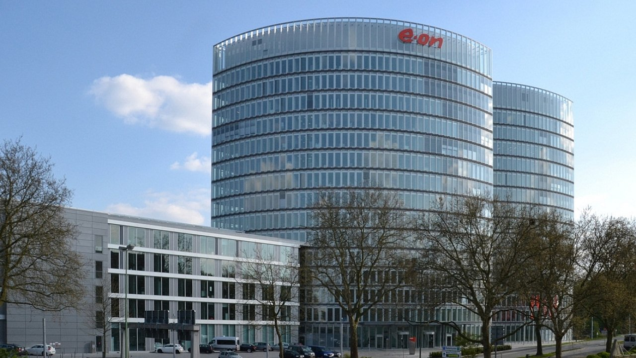 Skupina E.ON měla loni 1,35 milionu zákazníků a 2558 zaměstnanců.