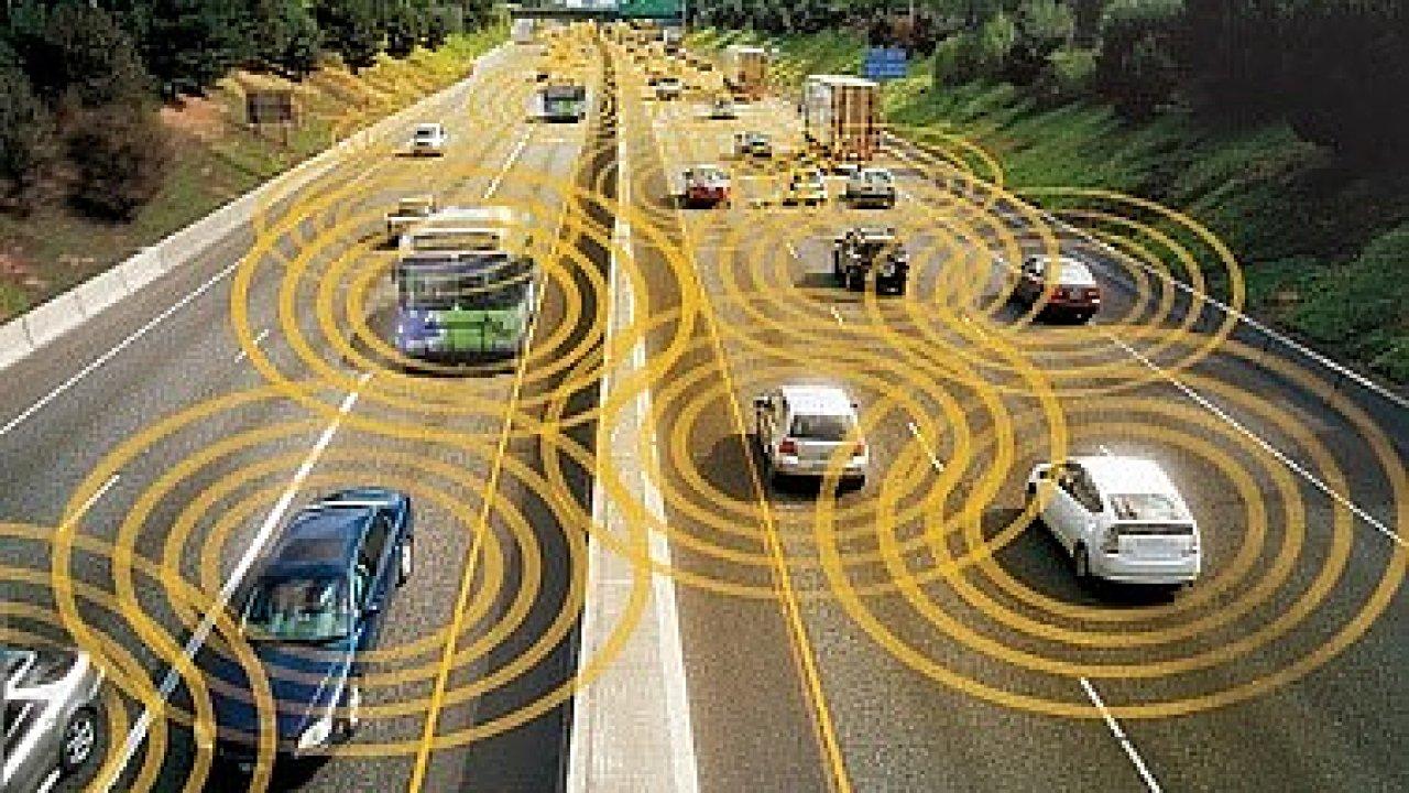 V Česku byl otevřen první úsek dálnice, která bude komunikovat s auty.