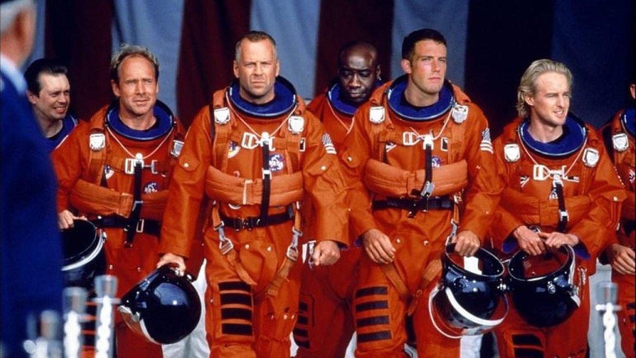 Armageddon je mezníkem v kariéře Bruce Willise. Místo něj měl přitom hrát Schwarzenegger.