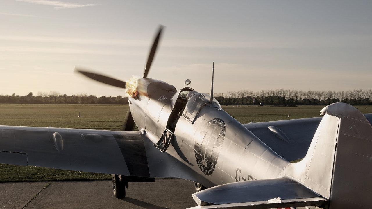Spitfire, který má obletět svět