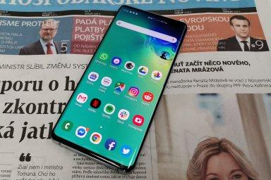 Galaxy S10+ si bere zpátky titul nejlepšího mobilu díky stovce drobných zlepšení zvenku i uvnitř