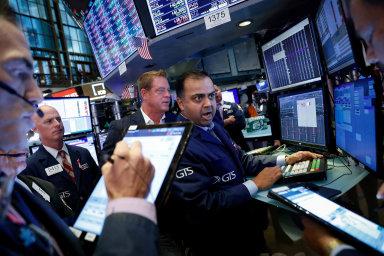 Kurzy akcií na newyorské burze budou vnejbližších dnech atýdnech hýbat výsledky hospodaření za předchozí čtvrtletí.