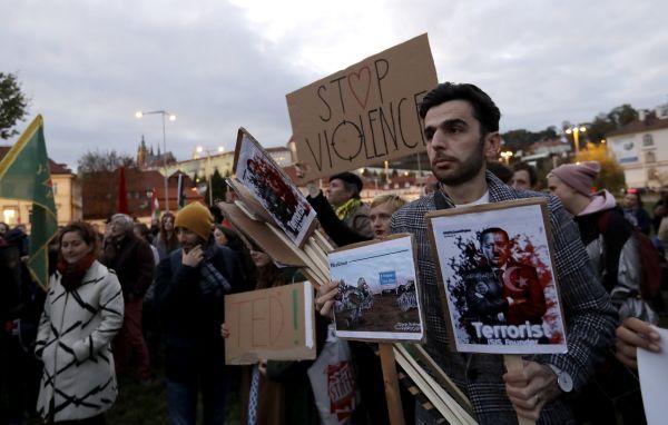 Sýrie kurdové protest praha