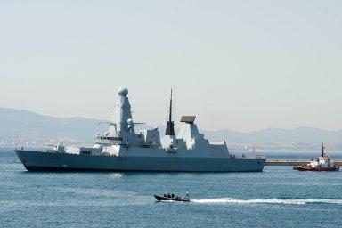 Námořní operace zemí EU Sophia dostala jméno posomálské dívce narozené najedné zunijních lodí. Na snímku je britská HMS Diamond, která byla do operace Sophia zapojena v roce 2016.