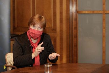 Změna včase epidemie.Jarmila Rážová se hlavní hygieničkou stala vpůlce března poté, co vláda odvolala její předchůdkyni.