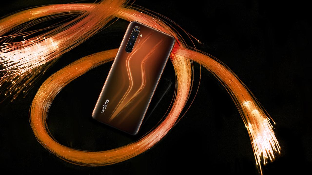 Realme chce na českém trhu nahradit Huawei, sází na paměť a počet fotoaparátů