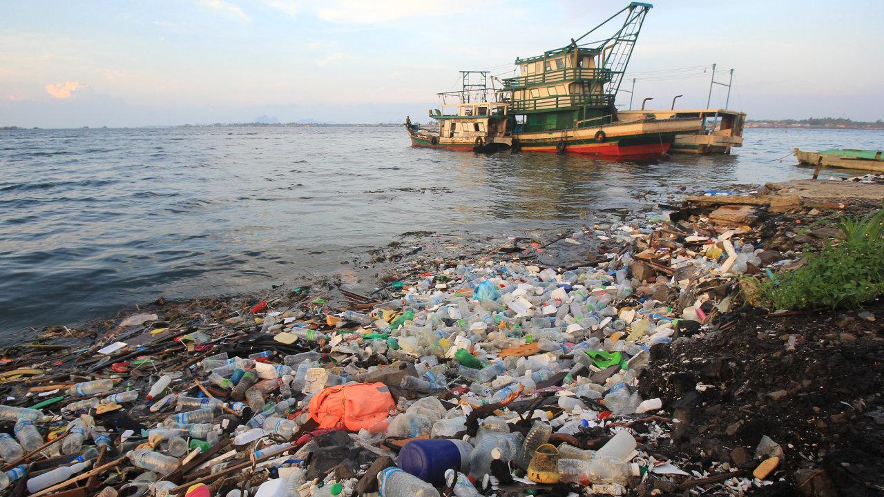 Oceány, znečištění, plasty