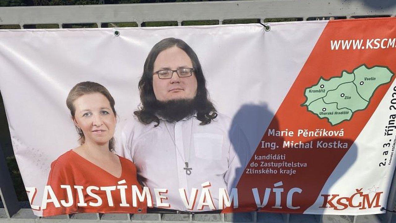 Billboard mladých komunistů ve Zlínském kraji.