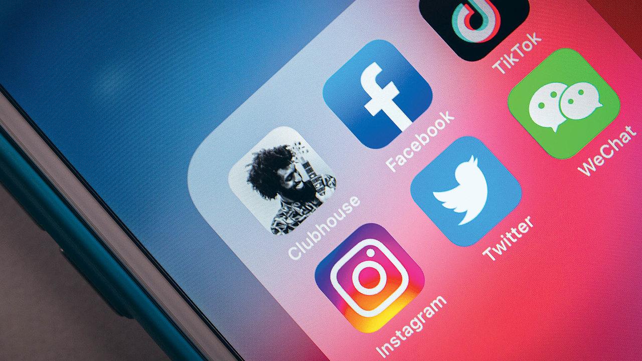 """Poté co na začátku roku vznikl """"boom"""" kolem sociální sítě Clubhouse, aktuálně o ni uživatelé ztrácejí zájem."""