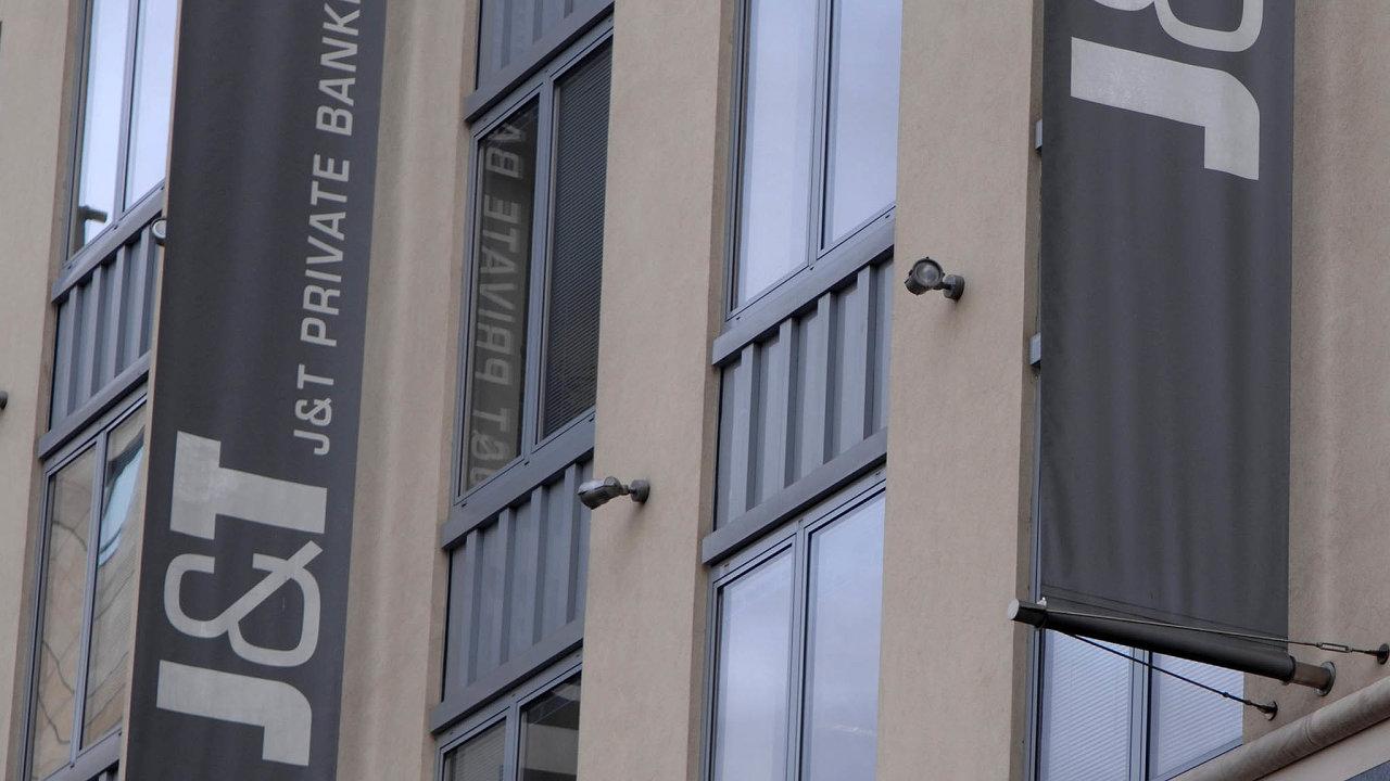 J&T Banka vydala další zprávu o českých dolarových milionářích.