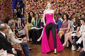 Rok 2012 ve světě módy: minimalistický Dior, superrychlá přehlídka a noha Angeliny Jolie