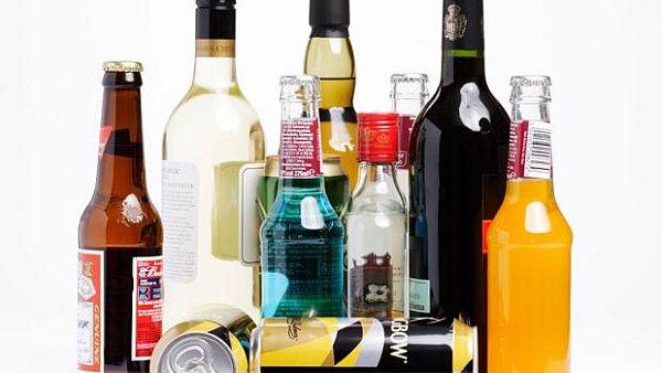Proti konzumaci alkoholu na veřejnosti kvůli častým stížnostem na porušování nočního klidu bojuje zejména centrum města - Ilustrační foto.