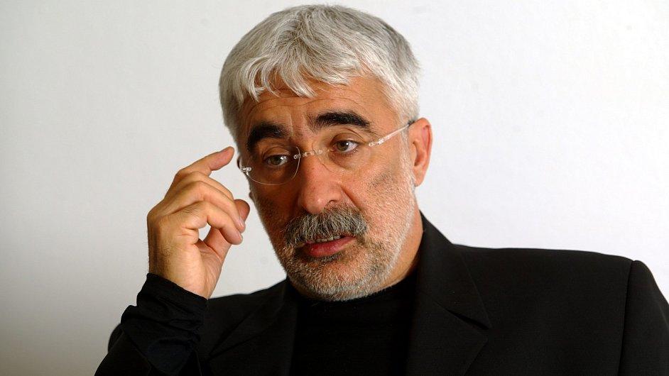 Šéf mediální společnosti CME Adrian Sarbu.