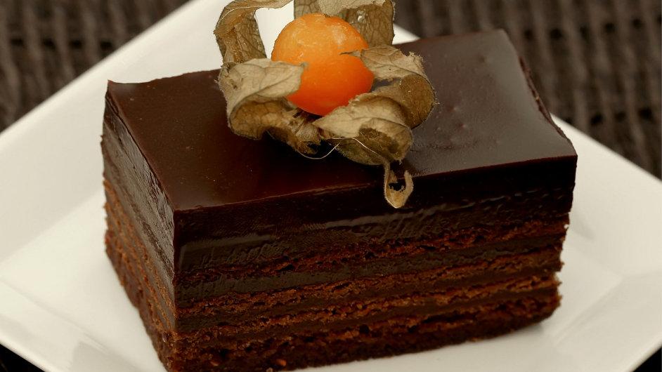 Čokoládový zákusek. Ilustrační foto