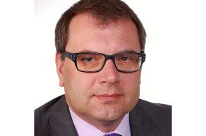 """Jan Karger, člen představenstva a ředitel pro oblast """"Risk a provoz"""" společnosti AKCENTA CZ"""