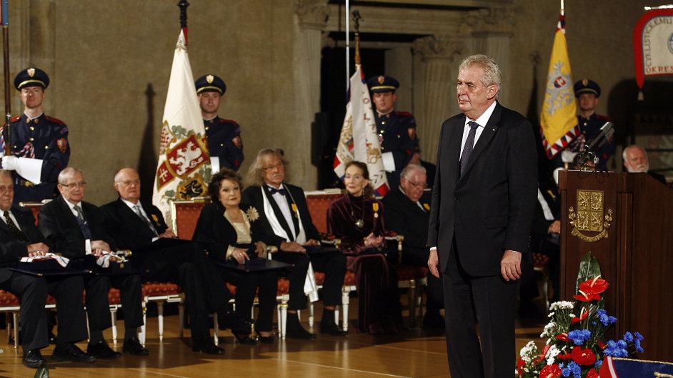 Předávání státních vyznamenání prezidentem republiky