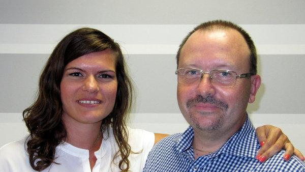 Martina Klozová, sales manager, a Radovan Vacek., senior sales manager v softwarové společnosti AMI Praha.