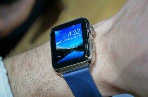 Apple neohromil: Větší iPhony ani hodinky nepřekonají konkurenci v ničem kromě prodejů